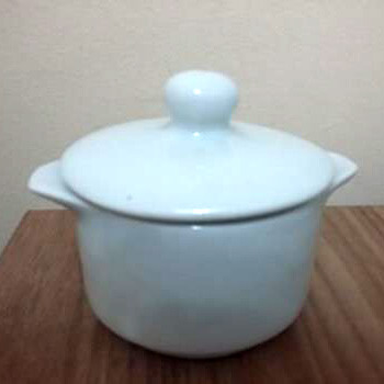 Aluguel Mini Caçarola de Porcelana com Tampa