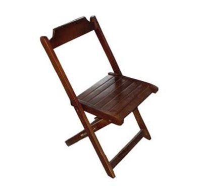 aluguel cadeira de maderia dobravel