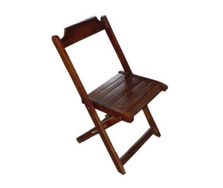Aluguel Cadeira de Madeira Dobrável